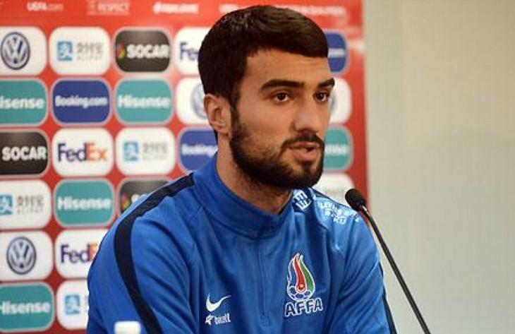 Co dalej z transferem Mahira Emreliego?